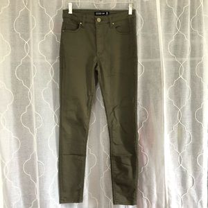 Design Lab Army Green Jegging size 25